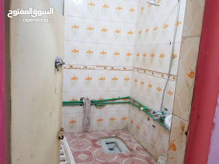 Muhandiseen neighborhood Basra city - 150 sqm apartment for rent