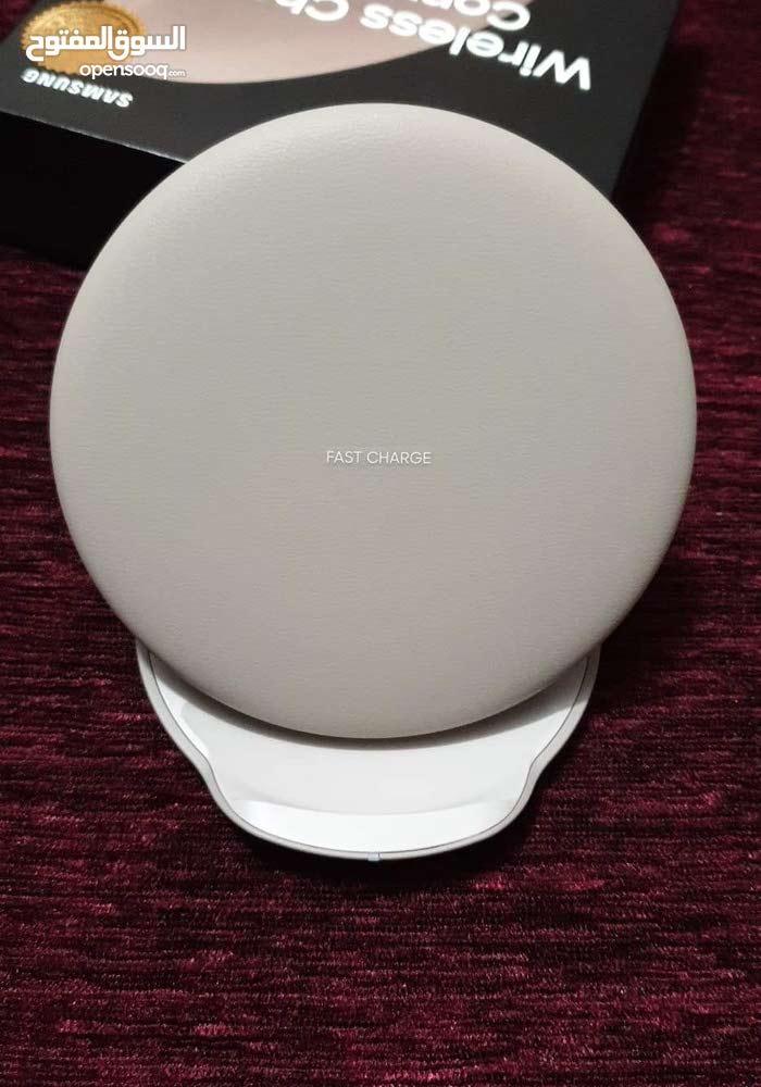 شاحن لاسلكي سامسنغ الجديد الإصدار الجديد يعمل بلشحن السريع Wireless charger Conv