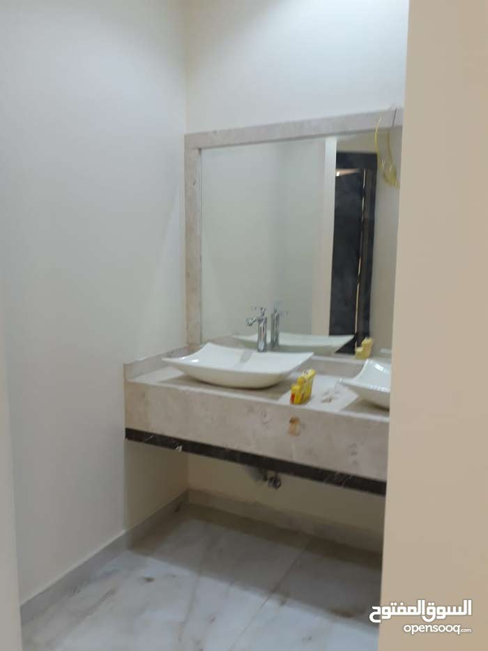 Namar property for sale with 3 rooms