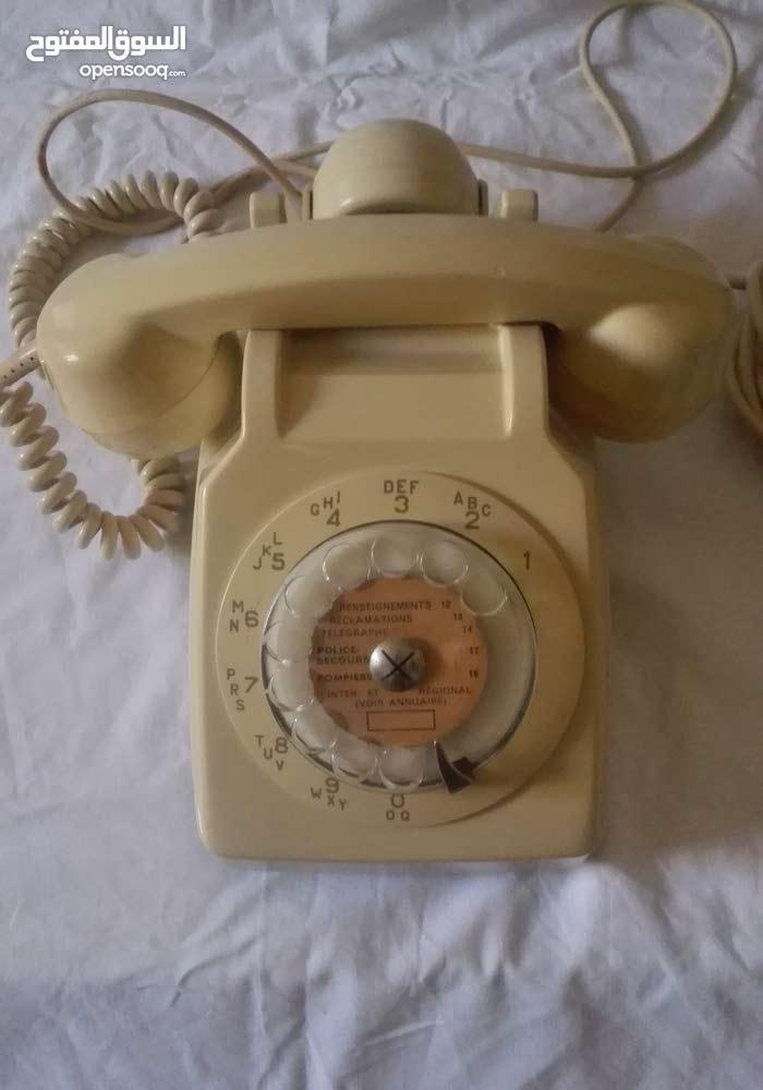 هاتف السبعينات النادر