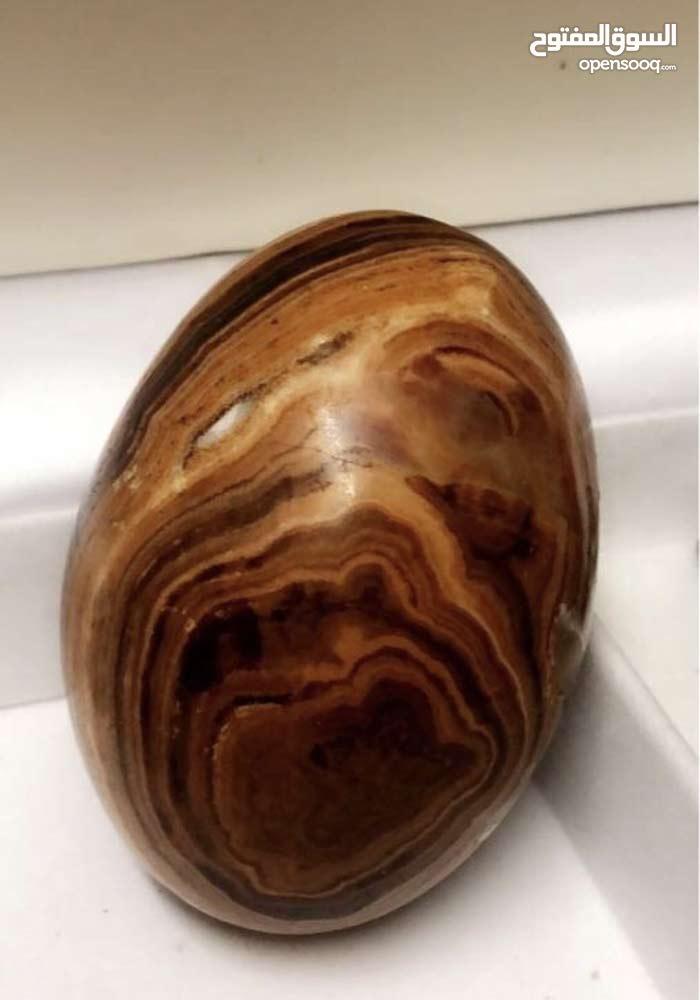 حجر سليماني من النوادر