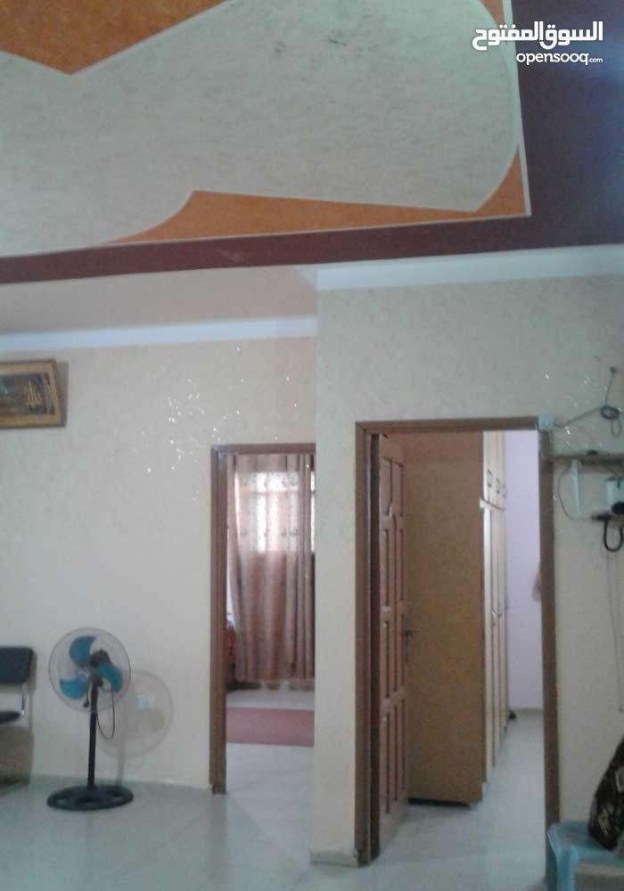 منزل 3 طوابق بدير البلح على شارعين