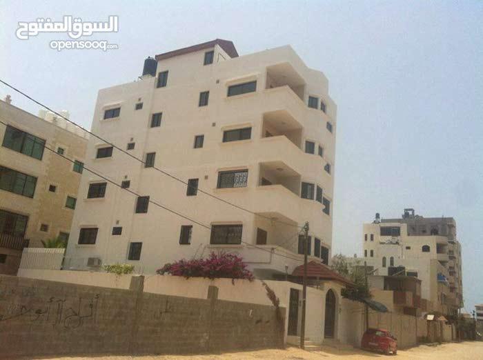 شقة جديدة للايجارحي تل الهوى بغزة