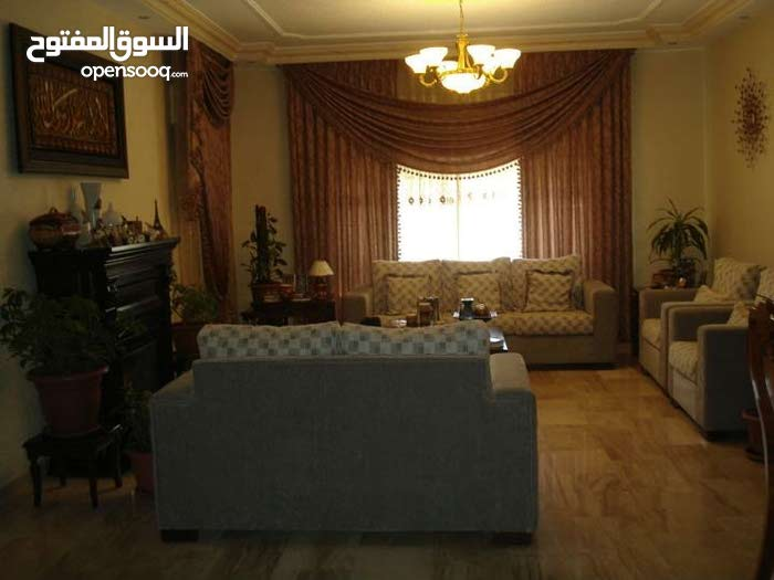 Khalda apartment for sale with 3 rooms