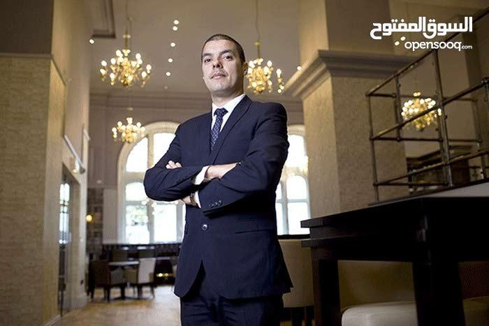 مطلوب مشرف صالة بمطعم سياحي بالخبر