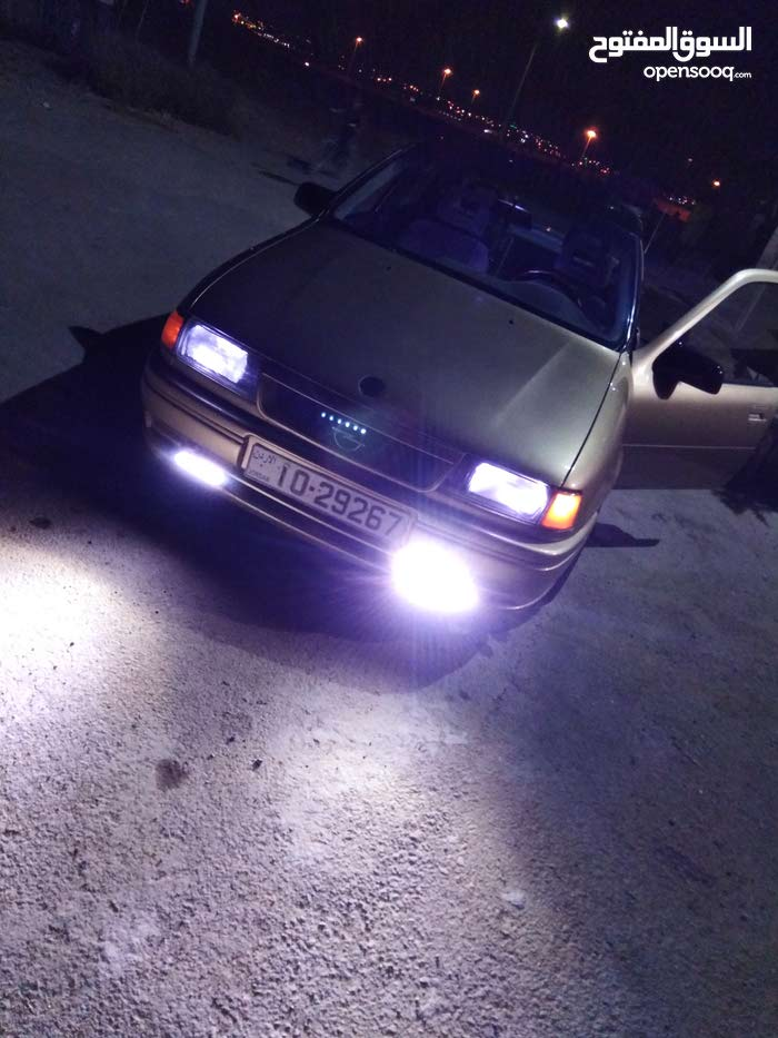 1991 Used Vectra with Automatic transmission is available for sale