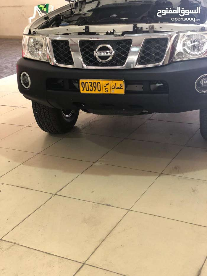 Automatic Nissan 2012 for sale - Used - Buraimi city