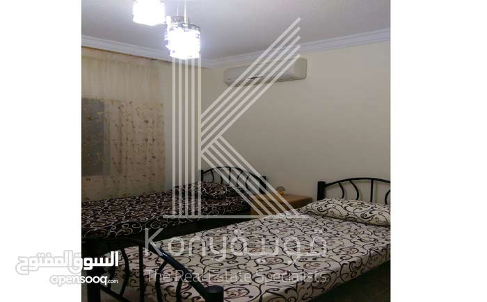 2 rooms  apartment for sale in Amman city University Street