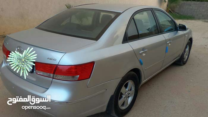 10,000 - 19,999 km Hyundai Sonata 2009 for sale