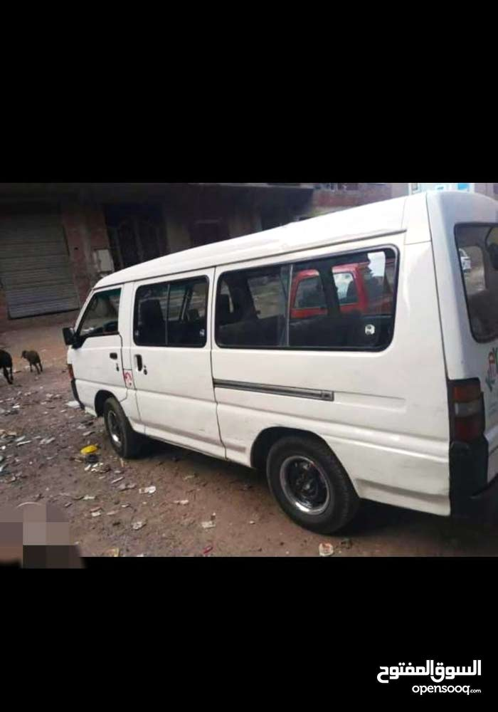 Mitsubishi Van made in 1990 for sale