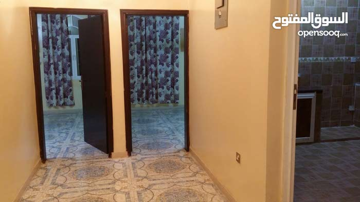 Second Floor  apartment for rent with 3 rooms - Seeb city Khoud