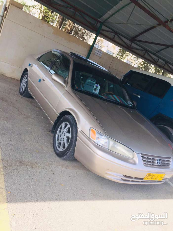 Toyota Camry 1998 For sale - Beige color