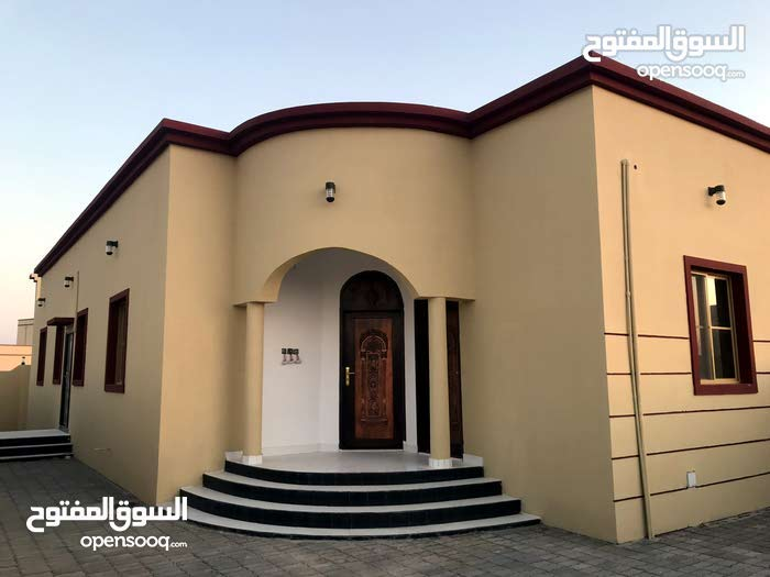 Villa property for sale Ibri - Hayy Al-Nahdha directly from the owner