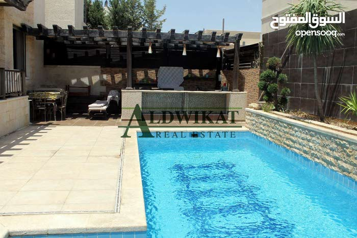 فيلا متلاصقة مفروشة للبيع في الاردن - عمان - دابوق المساحة 900 م