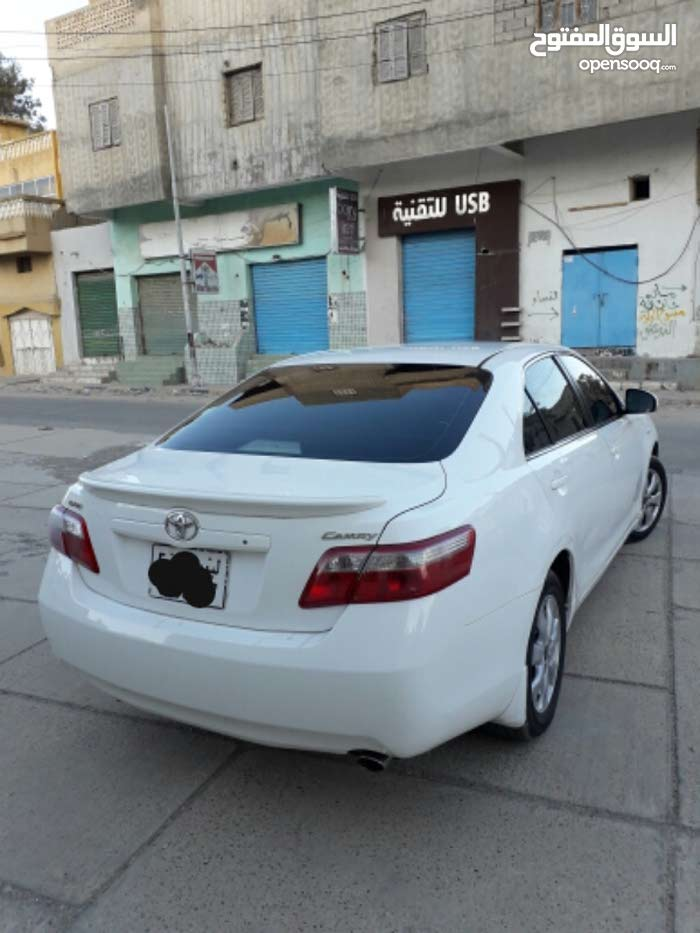 10,000 - 19,999 km Toyota Camry 2009 for sale