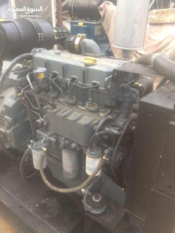 مولد كهرباء ديوس مستعمل تبريد ماء القوة المولد 85 KVA
