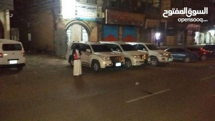 سيارات للايجار يومي اسبوعي شهري بالريال اليمني