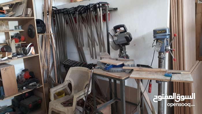 معدات نجارة و دهان ايطالية