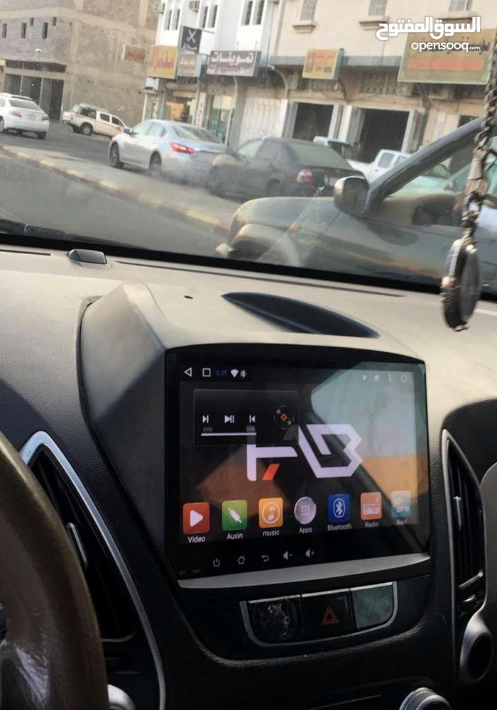 شاشات سيارات جديدة موديلات حديثة ومتنوعة.
