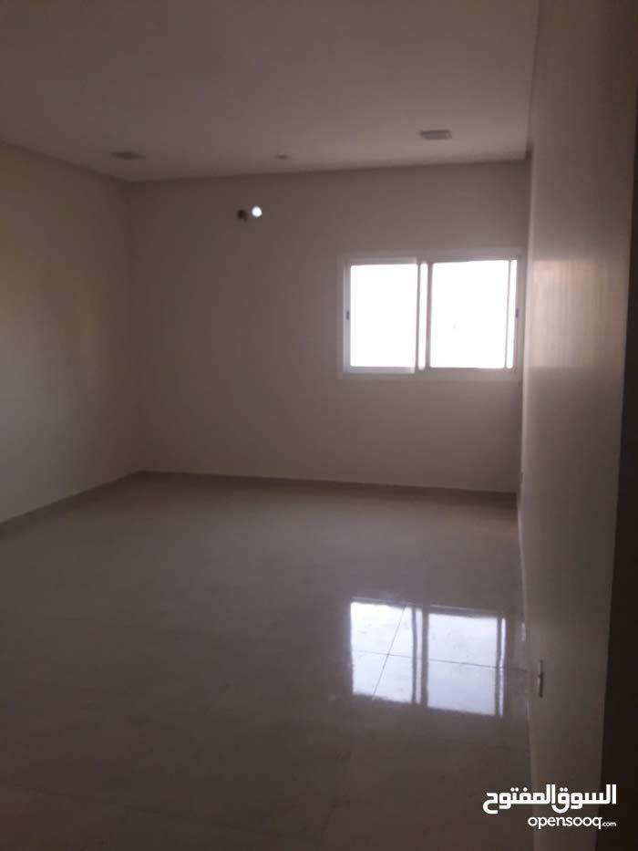 للبيع شقة في توبلي