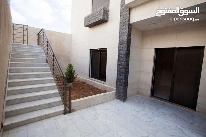 Jubaiha neighborhood Amman city - 120 sqm apartment for sale