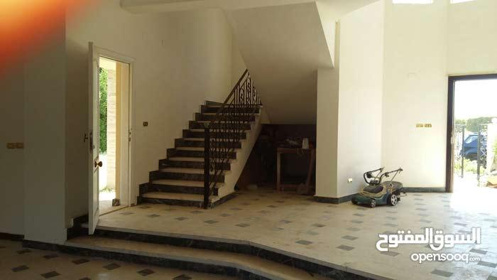 Villa for sale in Green Land, El Shrouk فيلا للبيع في جرين لاند