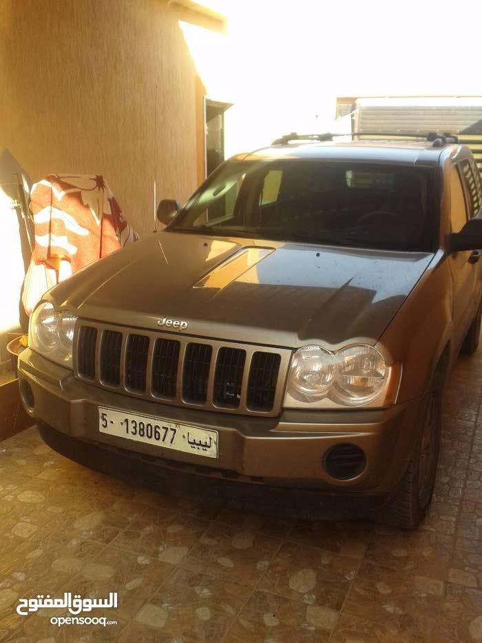 2005 Jeep in Tripoli