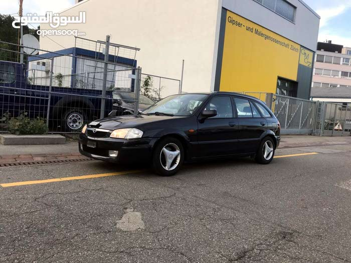 Mazda 323 2001 For sale - Black color