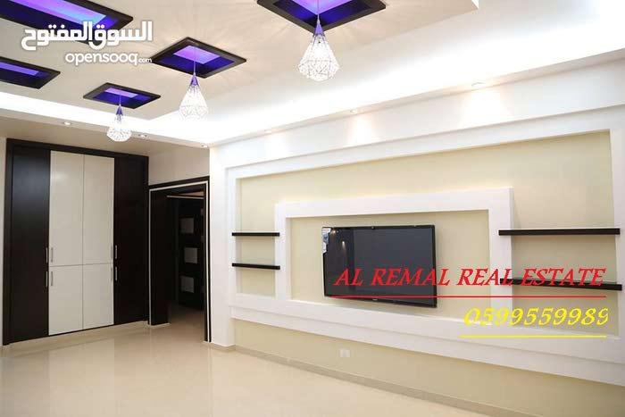 شقة 240 متر نص تشطيب للبيع او البدل علي أرض/منزل  بغزة