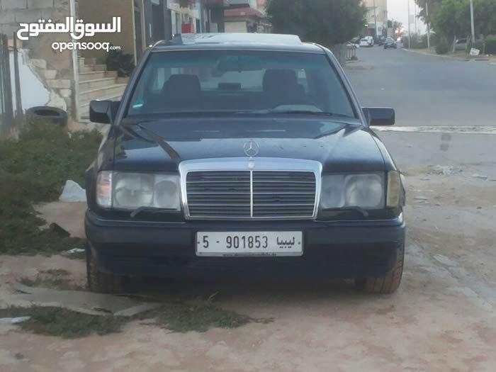 Mercedes Benz E 300 in Tripoli