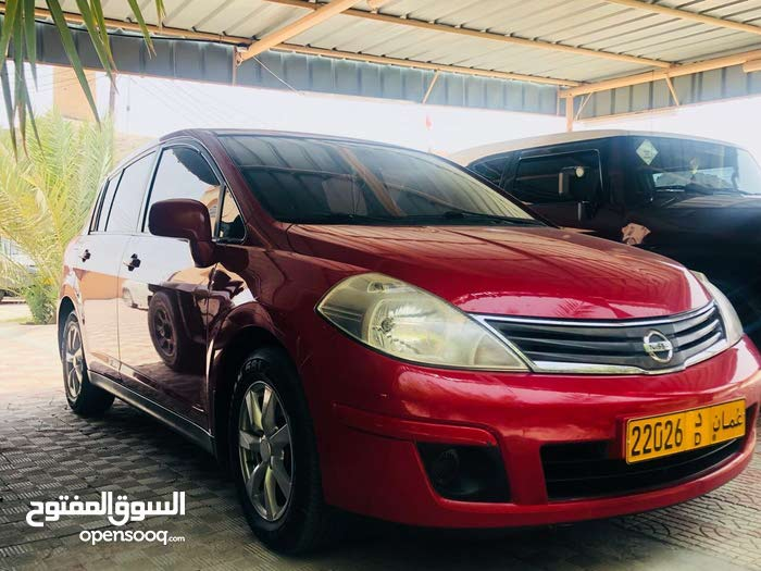 For sale 2011 Red Tiida