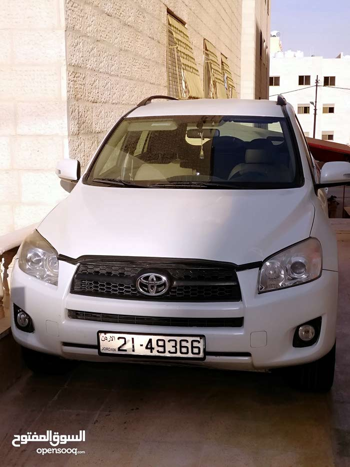 Toyota RAV 4 2012 for sale in Amman