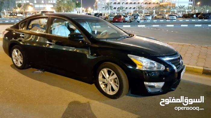 Nissan Altima 2014 For sale - Black color
