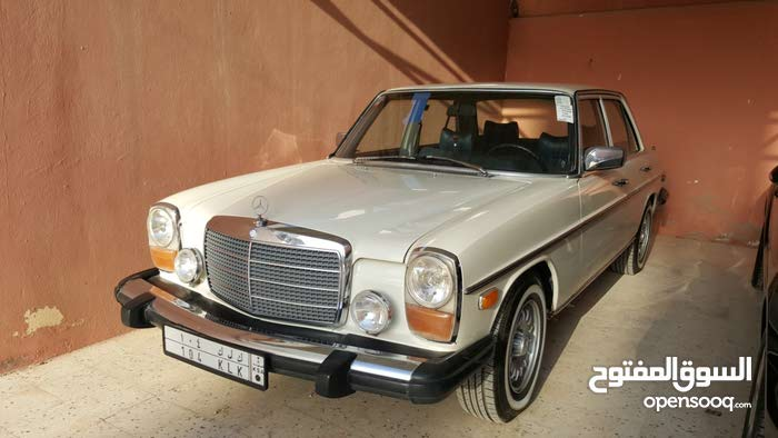Available for sale! 20,000 - 29,999 km mileage Mercedes Benz C 280 1975