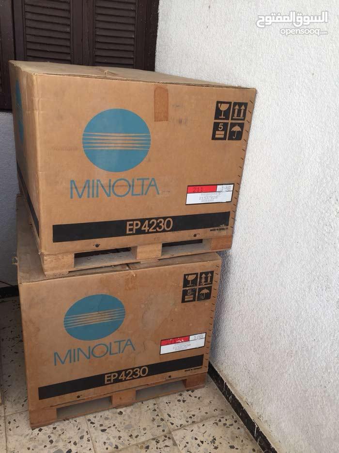 2 طبعات نوع minolta جدد للبيع الوحده بي 2000