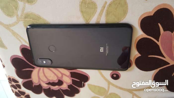 هاتف mi 8 (256/6) شبه جديد