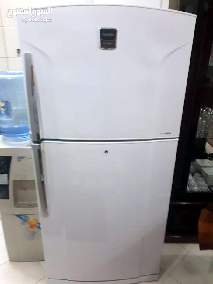 Toshiba refrigerator/freezer for sale good condition
