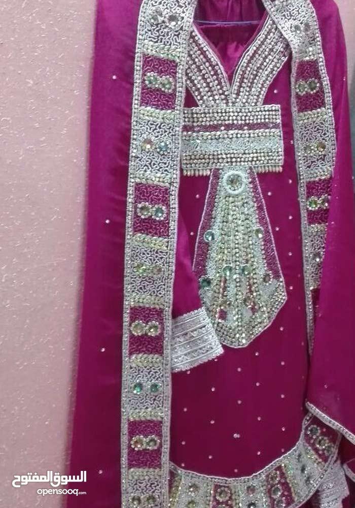 لبس تقليدي للبيع