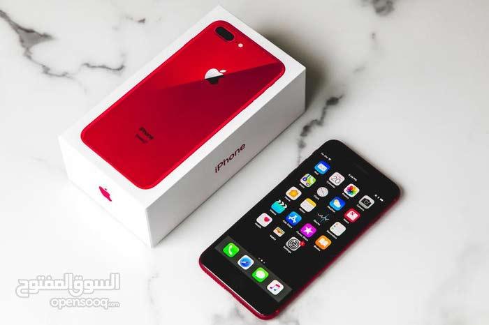 ايفون 8 بلاس لون احمر ذاكرة 64 كامل ملحقات اصلي امريكي نضافة 100/100