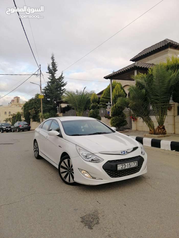 Hyundai Sonata car for sale 2012 in Amman city