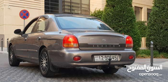 Used condition Hyundai Sonata 1999 with +200,000 km mileage