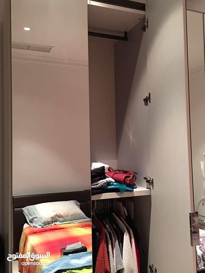 4 doors wardrobe with mirror door 180x60