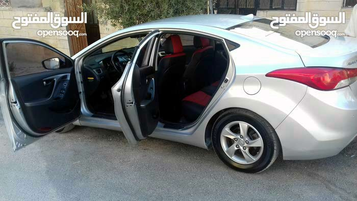 Automatic  Hyundai 2011 for rent