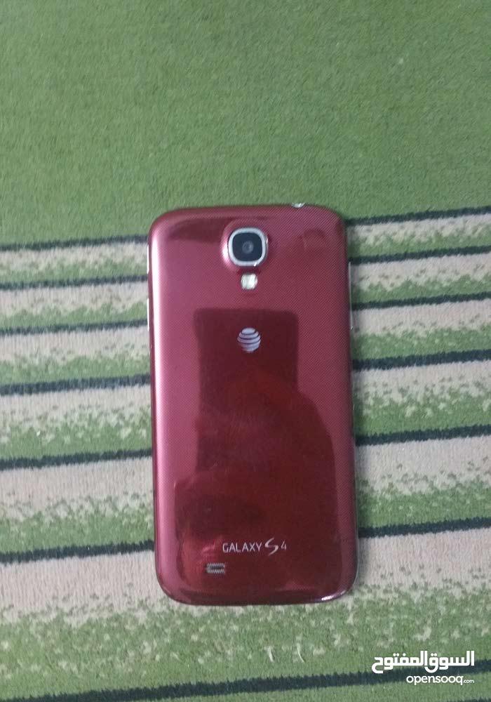 تاب سامسونج s3 مع هاتف سامسونج s4 شبه مستعمل ولا خدشة من أمريكا