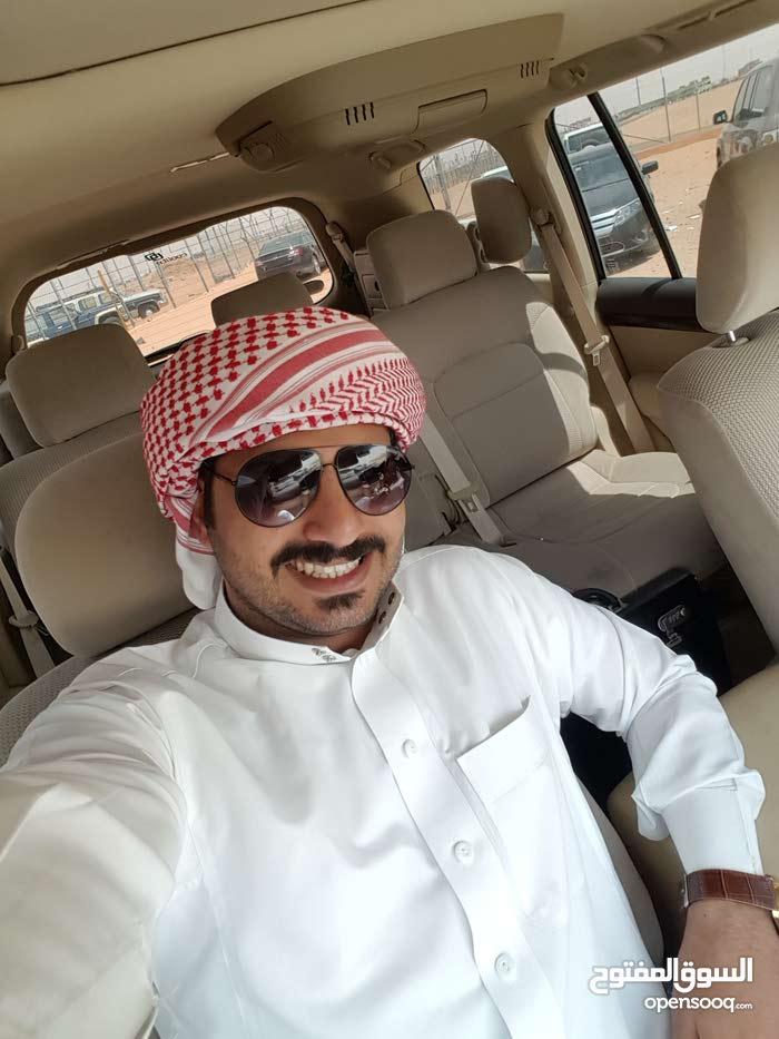 شاب يمني يبحث عن عمل