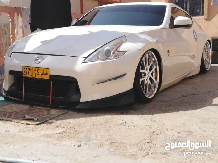 Used condition Nissan 370Z 2013 with 1 - 9,999 km mileage