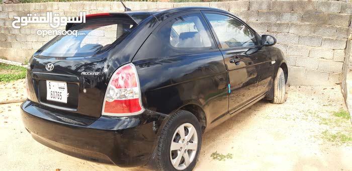 Black Hyundai Accent 2010 for sale