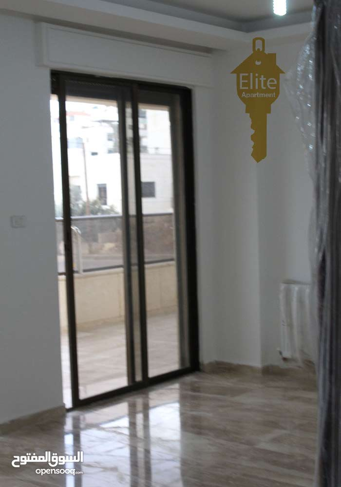 شقة طابق أول للبيع في الاردن - عمان - خلدا مساحة 220م