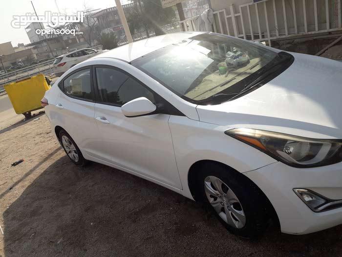 Hyundai Elantra 2016 For sale - White color