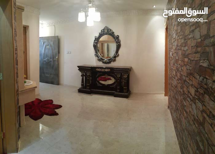 More rooms  apartment for sale in Al Riyadh city Ishbiliyah